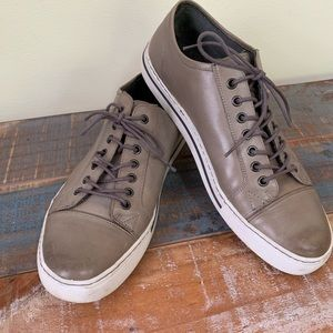 KENNETH COLE leather sneaker